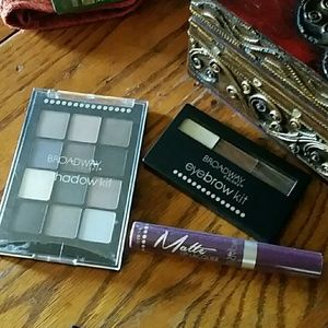 TRIO EYE BROW AND LIP SET nwot